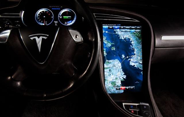 тесла автомобиль информация